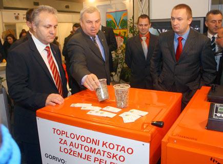 bp-invest-expo-2010-3.jpg